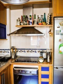 Cocina con horno y vitrocerámica