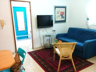 1 Bedroom Apartment -Garden -Ground Floor, Ra'anana