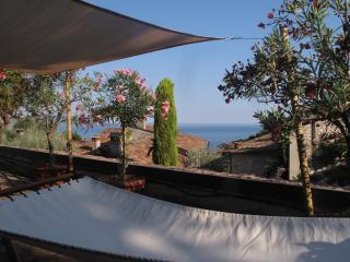 "New House Lake view terrace ""Loggia"", Gardone Riviera"