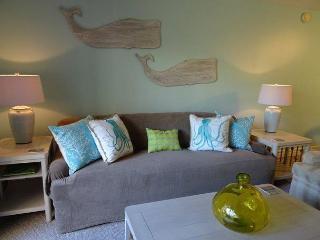 Xanadu Villa C5 - 3 Bedroom 2 and 1/2 Bathroom Poolside Flat  Hilton Head, SC