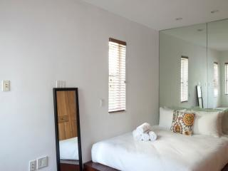Beautifull Two Bedroom in South Beach, Miami Beach