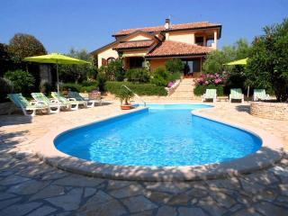 Villa Patty Kastel Istria with private pool, Umag