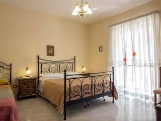 2 bedrooms apartment near Pompeii,Naples,Amalfi