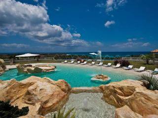 Luxury 7 bedroom St. Martin villa. Luxury!, Terres Basses