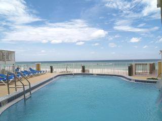 Tropic Winds, Luxury Beach Front Condo, 2017 Circle of Excellence Winner!
