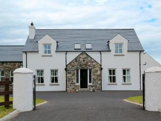Sea and Mountains Cottage, Newry