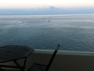 A becalmed sea view in the evening. Sit and watch the sun go down behind La Gomera.