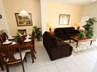 Great 3 Bedroom Townhouse with Private Pool, close to Disney, Kissimmee