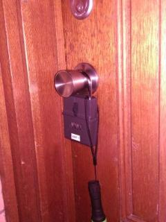 Door knob key safe makes 24 hr access to unit and garage possible. Code given after booking