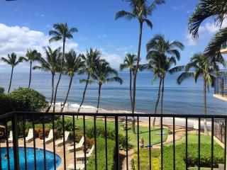 **Ocean Front Newly Renovated From $159/night**, Kihei