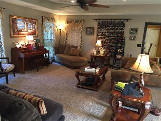 Upscale Country Guest Home, Shelbyville