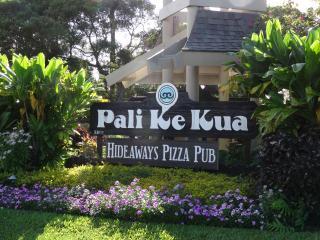 Entering Pali Ke Kua