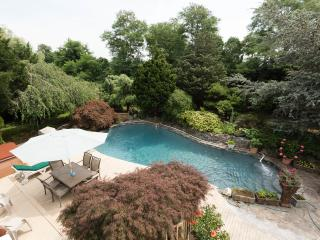 Southampton Gem:  Family Friendly, Sleeps 8+