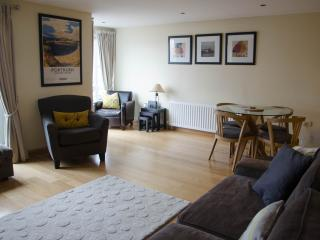 Peninsula Apartment, Portrush