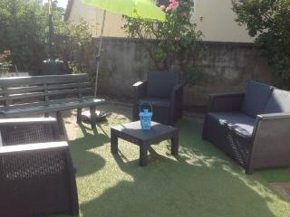 Beau studio avec jardin privé