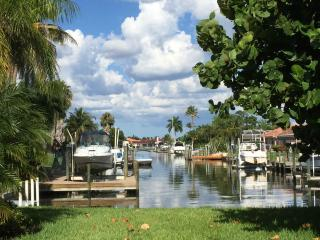 Villa Luca in Cape Coral with short access to the Gulf