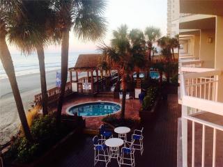 Waters Edge Resort, Unit 102, Garden City Beach