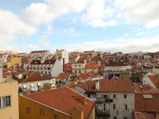 Sunny Apartment at S. Bento, Lisboa