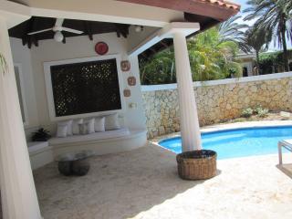 Gemma's Villa at Las Pinas - Casa de Campo