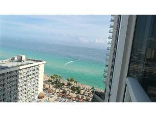 LA PERLA OCEANFRONT ON THE BEACH  2/2 ON 18TH FL