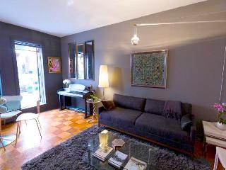 Chic 1 bedroom in heart of Chelsea, New York City