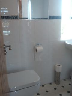 Quality ensuite bathroom - standard in all 4 x ensuites