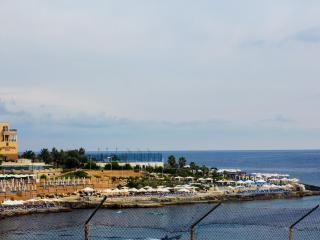 Breathtaking sea view maisonette, Saint Julian