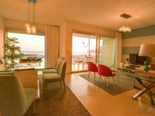 Dom Dinis - Luxury Apartements - Nazaré Beach, Nazare