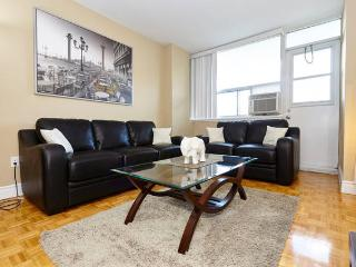 2 bedrm FURNISHED suite PRIME location MUST SEE 10, Toronto