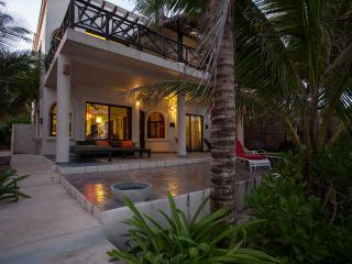 Villa Sian Kaan with sea views, large decks, 4BR's, spacious living area and right on Tulum beach!