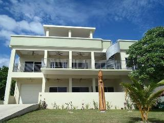Beachfront Villa, sleeps 14