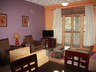 WELO APARTMENT-3BR/ 2 BATH, Kampala