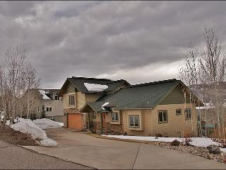 Large Private Home with Beautiful Views - Multiple Living Rooms, Private Hot Tub (2706), Steamboat Springs