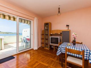 Apartments Zlata - 24191-A2, Srima