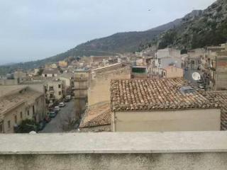 Le stanze del borgo, Collesano