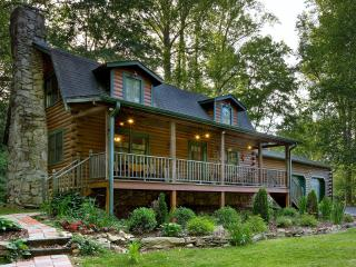 Log Cabin in Idyllic Rural Setting-13 min to dwntn