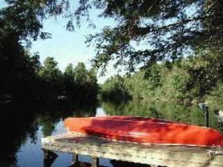 Kawartha/Haliburton Highlands: Gull River, Minden