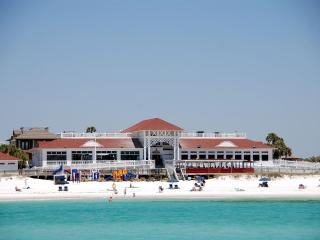 4br 4ba modern Beach house Destin FL