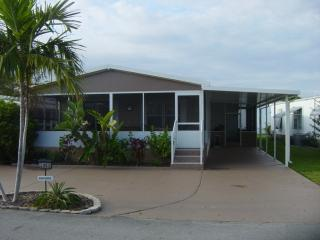 Great mobile home fully renovated in Dania Beach,