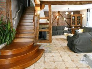 la maison raymond