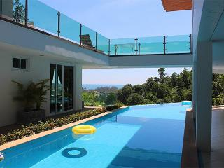Luxury villa on Phuket with Sea View, Kamala