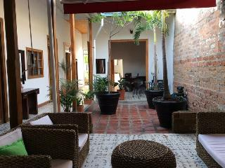 Large 6 bedroom affordable luxury house, Medellin