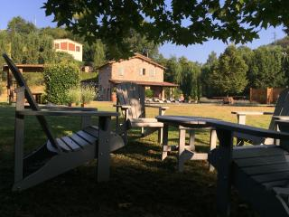 Luxury private villa with pool/daily housekeeping, Lucca