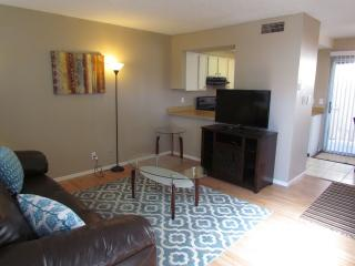 1 bedroom apt.in Topaz St. Las Vegas