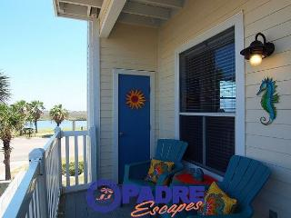 Vitamin Sea is a recently renovated 1 bedroom/1 bath condo at the Beach Club, Corpus Christi