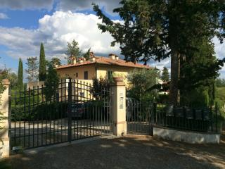 Converted Priest Home in Chianti for up to 7 guest