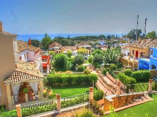 P&O HOUSE MARBELLAH PUEBLO - Golden Mile  Marbella