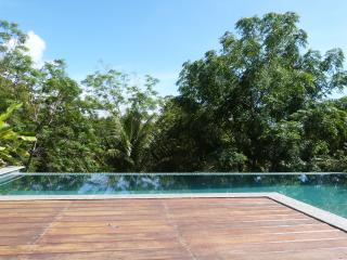Superb House - Beach, Pool and Forest !!, Lauro de Freitas