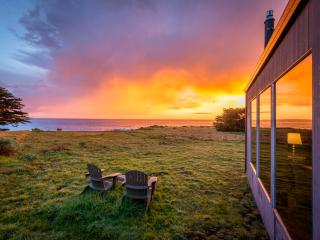Perched on a Bluff - Romantic Oceanview Home, Sea Ranch