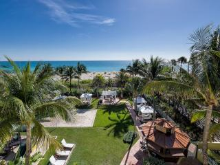 Miami Beach Suite, 1 bedroom+ Right on the Beach!